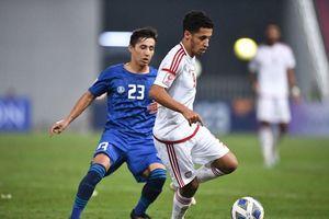 UAE khởi động sớm, thầy Park và các đội vẫn giậm chân