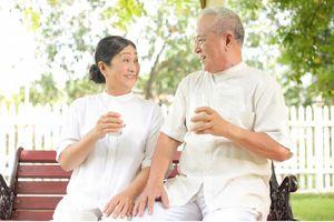 Sữa non - Thực phẩm kỳ diệu cho người già và người sau phẫu thuật