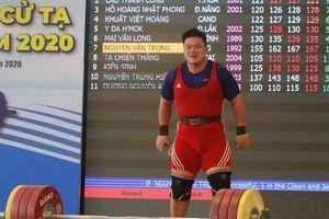 5 phút phá ba kỷ lục, Nguyễn Văn Trọng giành danh hiệu 'Người khỏe nhất Việt Nam'