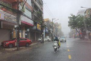 Ngày 17-10, học sinh Đà Nẵng nghỉ học để ứng phó áp thấp nhiệt đới, mưa lũ