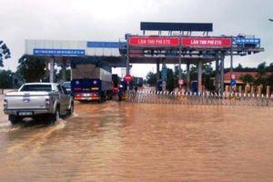 BOT Quảng Trị buộc phải xả trạm vì mưa bão