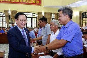 Cử tri Hà Nội gửi kiến nghị đến Quốc hội về bất cập của sách giáo khoa mới lớp 1