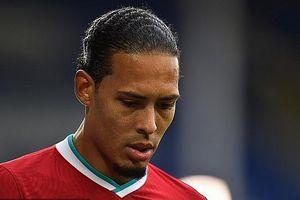 Virgil van Dijk có nguy cơ phải nghỉ hết mùa giải vì chấn thương