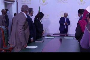 Sudan chấp thuận bồi thường Mỹ để được nới lỏng 'gông cùm'