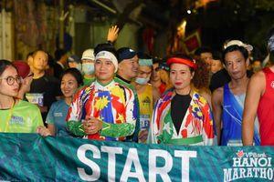 Nhà văn Trang Hạ: 'VPBank Hanoi Marathon năm nay là tuyệt vời nhất'
