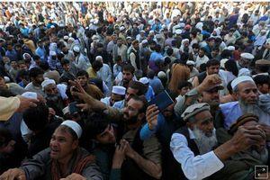 Giẫm đạp để được cấp thị thực, 11 người Afghanistan thiệt mạng