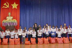 Phó Chủ tịch nước Đặng Thị Ngọc Thịnh làm việc tại huyện Đăk Tô