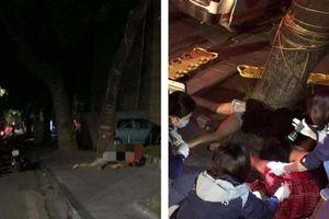 Hai cô gái đi xe máy thương vong vì lao vào gốc cây lúc nửa đêm