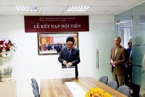 Hội Doanh Nhân Tư Nhân Việt Nam quyên góp và kêu gọi ủng hộ miền Trung