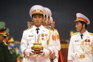 Người dân Quảng Trị tiễn đưa 22 quân nhân Đoàn 337
