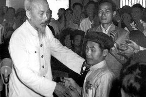 Tư tưởng Hồ Chí Minh về dân chủ - giá trị lịch sử và hiện thực