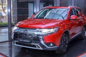 Giá xe ô tô hôm nay 23/10: Mitsubishi Outlander dao động từ 825 - 1.058 triệu đồng