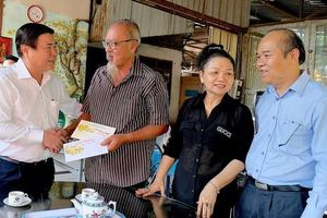 Đề xuất chi gần 813 tỷ đồng tặng người dân TPHCM ăn Tết Tân Sửu 2021