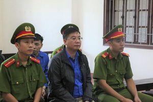 Hai bị cáo vụ gian lận thi ở Hòa Bình được giảm án