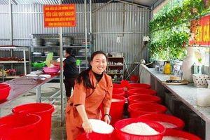 Thanh Hóa quyên góp 6 tỷ đồng, 800 chiếc bánh chưng ủng hộ miền Trung