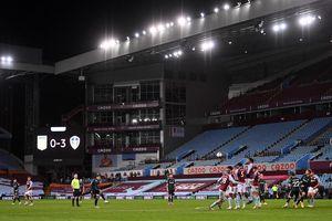 Leeds chặn đứng cơ hội vươn lên đầu bảng của Aston Villa