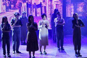 Lạc giữa hai thế giới thực và ảo với vở nhạc kịch English Performance