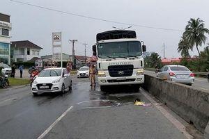 Tin giao thông đến sáng 26/10: Tai nạn khiến 6 người tử vong, 7 người bị thương