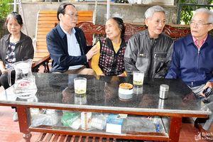 Trao 43 triệu đồng hỗ trợ 12 liệt sỹ người Nghệ An hy sinh ở Rào Trăng và Đoàn 337