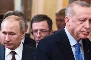 Chĩa súng trên 3 mặt trận: Nga 'cạn tình cạn nghĩa' với Thổ Nhĩ Kỳ?