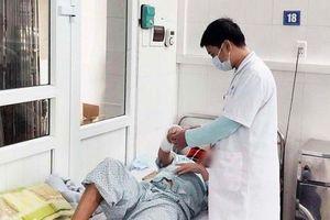Hà Nội: Một tuần, 4 người bỏng nặng phải nhập viện do nướng mực bằng cồn