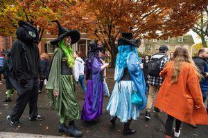 Thị trấn phù thủy nổi tiếng nước Mỹ