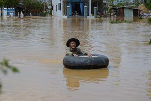 Đà Nẵng, Quảng Nam ngổn ngang sau bão