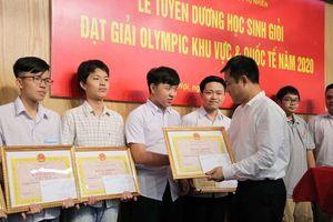 Mùa vàng Olympic của học sinh Trường THPT chuyên KHTN