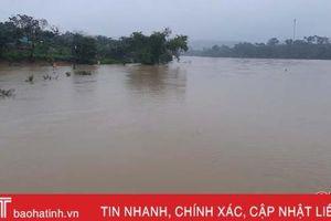 Tin nhanh về lượng mưa, nước lũ trên các sông lớn ở Hà Tĩnh