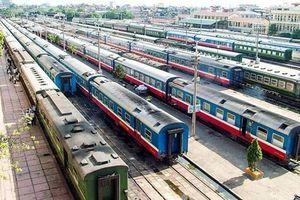 Đường sắt khuyến mại lớn, 'săn' vé tàu Tết 2021 giá rẻ thế nào?