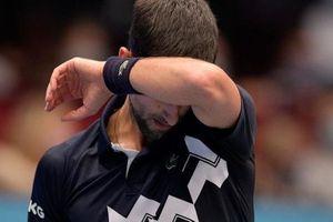 Djokovic thua sốc: Lần đầu tiên trong sự nghiệp thất bại nặng nề trước tay vợt nhận vé vớt