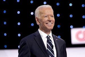 5 tỉ phú 'chống lưng' để ông Joe Biden tranh cử
