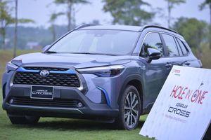 Cận cảnh loạt xe Toyota tại giải Golf báo Tiền Phong