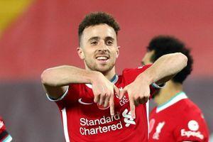 Liverpool đẩy Everton khỏi ngôi đầu Premier League