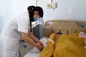 Nhiều người nhập viện điều trị sau khi ăn cưới