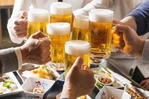Quy định ép rượu bị phạt tới 3 triệu hiệu lực từ tháng này: Vẫn băn khoăn chuyện 'tố giác' bạn nhậu