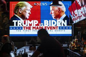 Phố Wall dự báo ông Trump hay ông Biden chiến thắng?