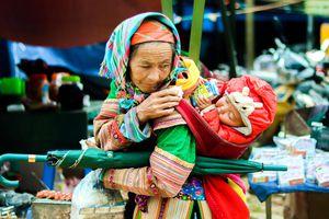 Vẫn vẹn nguyên hương vị chợ phiên Sín Chéng