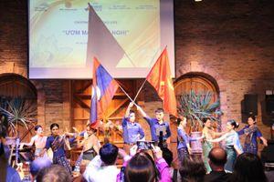 Tuổi trẻ 03 nước Việt Nam - Lào - Campuchia hào hứng 'ươm mầm' hữu nghị
