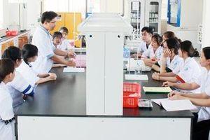 Một Đại học miễn toàn bộ học phí cho sinh viên 9 tỉnh miền Trung bị ảnh hưởng của lũ lụt