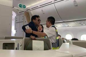 Những lần hành khách Việt uy hiếp an toàn bay