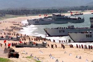 Trung Quốc kêu gọi dân cả nước tích trữ hàng hóa khẩn cấp