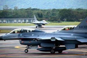 Đài Loan tức tốc cho chiến cơ xuất kích, chặn máy bay săn ngầm Trung Quốc
