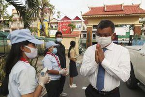 Campuchia mở cửa trường học trở lại - vẫn giới hạn sĩ số học sinh và giờ học