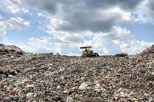 Bến Tre: Trên 50.000 tấn rác thải tồn lưu tại các bãi rác tạm