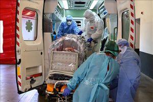 Dịch COVID-19: Châu Âu tiếp tục gia tăng các biện pháp chống dịch