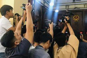 Hành vi cản trở, đe dọa nhà báo sẽ bị xử lý thế nào?