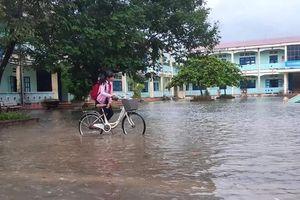 Bình Định: Học sinh một số huyện phía Bắc nghỉ học do ngập lụt