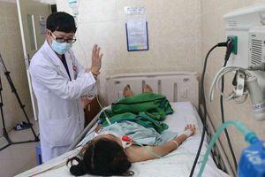Sau gần 100 ngày điều trị, 2 bệnh nhân ngộ độc pate Minh Chay xuất viện