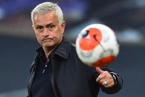 Mourinho: 'Vài chiến thắng không thể đưa tôi lên cung trăng'